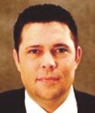 PaulAtencio_Hero-34-Template-A-Loan-Officer_Staff-Headshot_-320x380